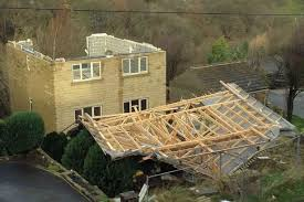 Roof-blown-off-hurrican-straps-and-clips